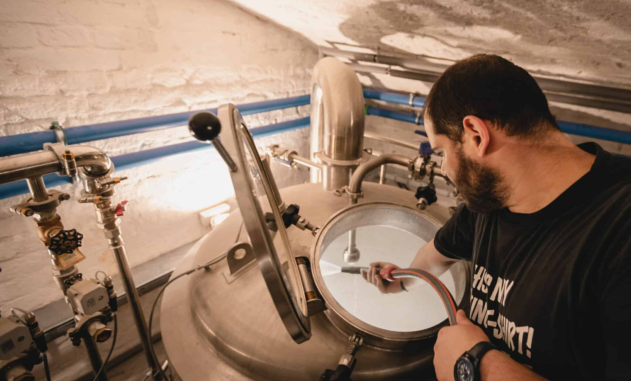 Gravity Brewing Budapest - Craft Beer - Homepage - Meet the Crew